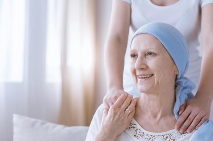 2-cara-pilih-nutrisi-yang-tepat-bagi-pengidap-kanker-halodoc