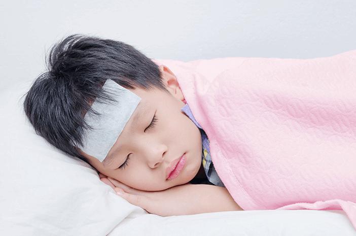 4 Hal yang Sering Menyebabkan Demam pada Anak