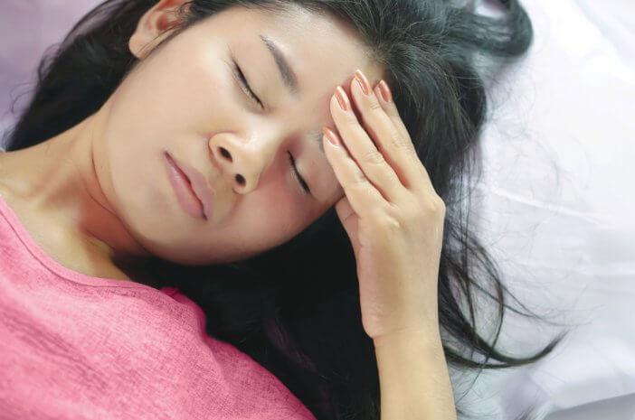 5 Cegah Keluhan Sakit Kepala Saat Puasa