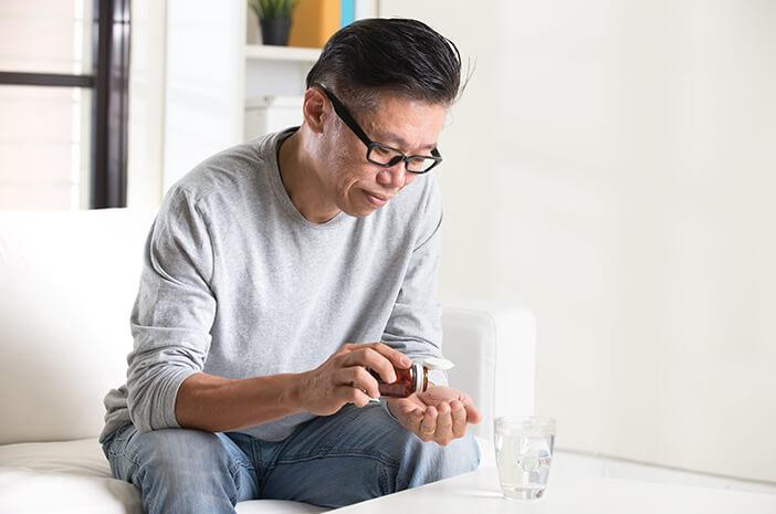 Harus Rutin, Bagaimana Aturan Minum Obat TBC saat Puasa?