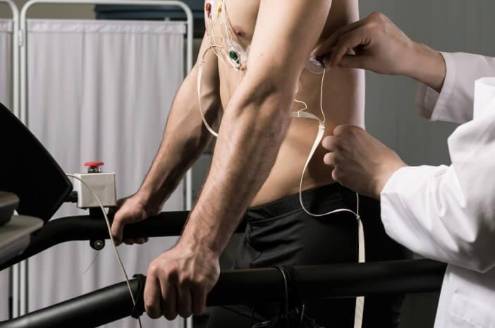 adakah-efek-samping-dari-melakukan-pemeriksaan-treadmill-halodoc