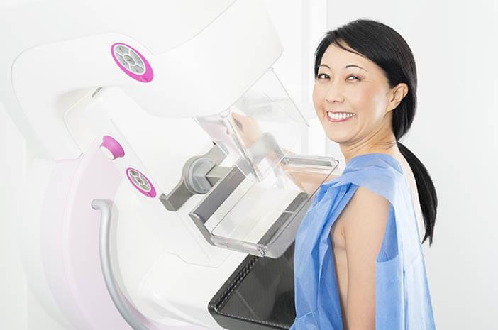 adakah-komplikasi-yang-diakibatkan-pemeriksaan-mammografi-halodoc