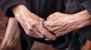 Alami Progeria, Seorang Remaja Terlihat Seperti Nenek-Nenek