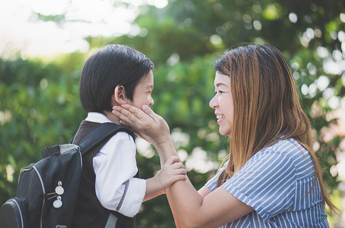 Alasan Anak Laki-Laki Lebih Dekat dengan Ibu
