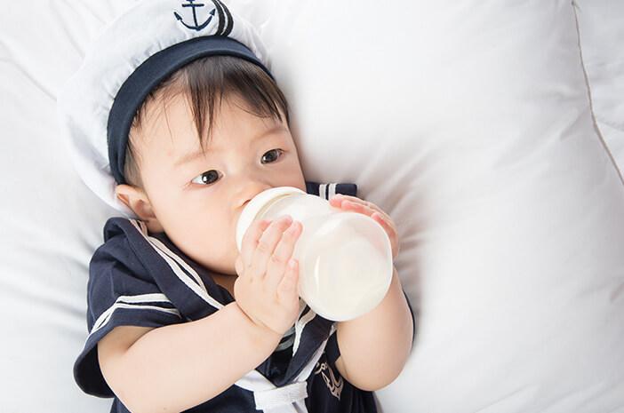 amankah-bayi-konsumsi-mpasi-instan-halodoc