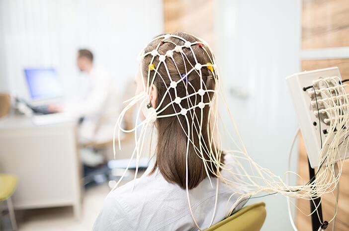 Apa Tujuan Dilakukan Pemeriksaan EEG dan Brain Mapping