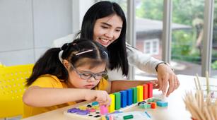 Cara Memilih Homeschooling untuk Anak dengan Autisme