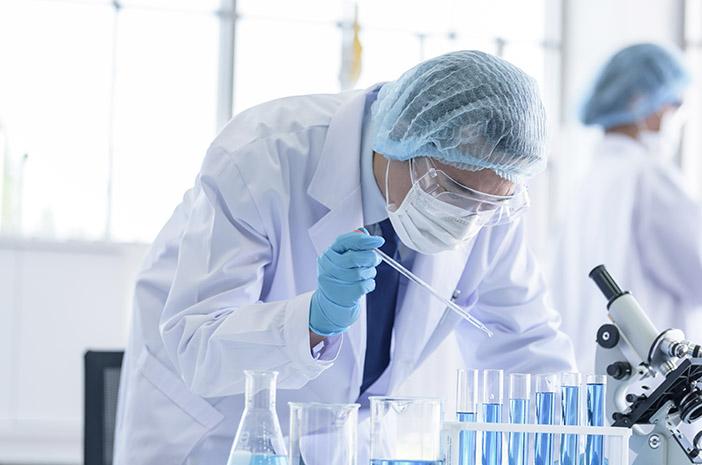 Picu Sebuah Penyakit, Vaksin COVID-19 AstraZeneca Ditangguhkan