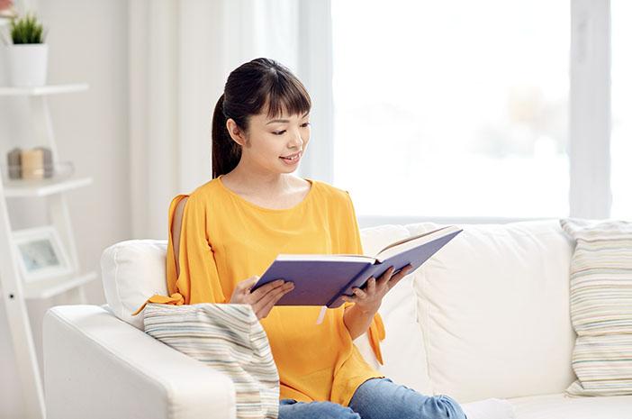 Baca Buku Bisa Meredam Stres, Ini Penjelasannya