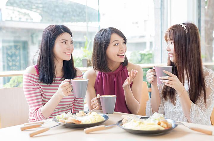 6 Cara Menjaga Kadar Kolesterol Saat Liburan