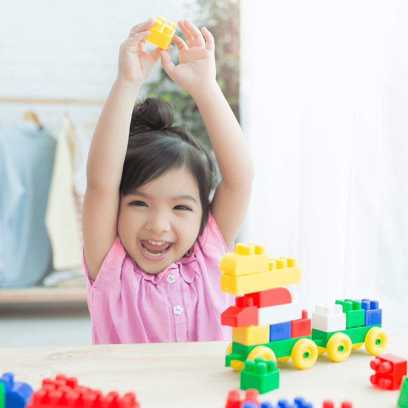 7 Jenis Mainan untuk Melatih Kemampuan Bayi