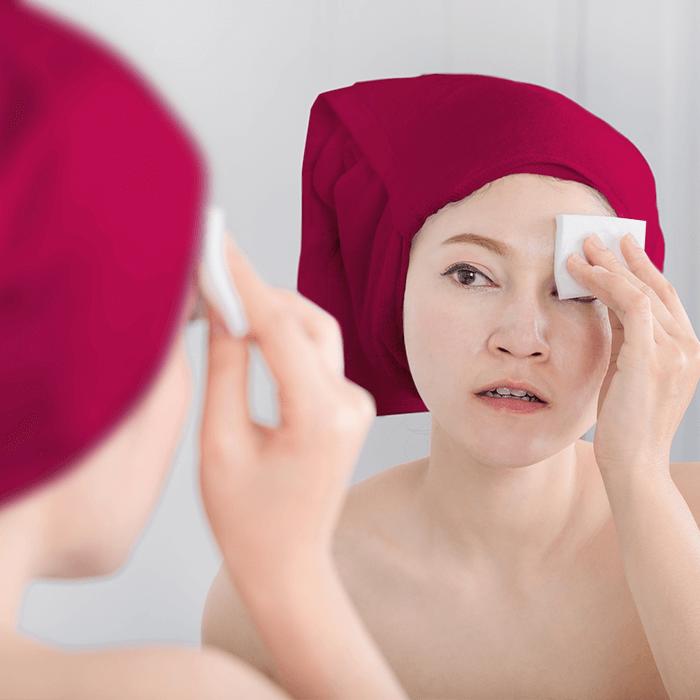 5 Tips Membersihkan Makeup Membandel