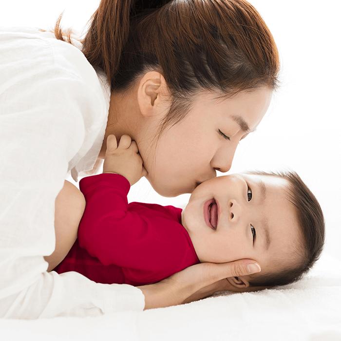 Siapa Sangka, Ternyata Bayi Suka Dicium, Lo!
