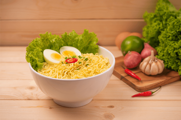 Hindari Santap Sahur dengan Mi Instan dan Nasi