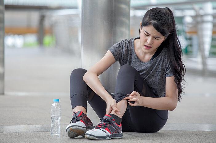artritis-gout-dapat-menyerang-usia-muda-ini-penyebabnya-halodoc