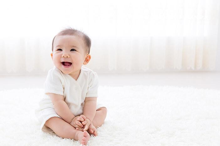 Begini Tips Atasi Bayi Rewel Pasca Imunisasi BCG