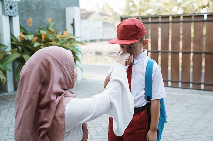 Begini 4 Cara untuk Ajari Anak Sopan Santun