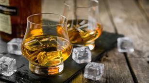 Benarkah Alkoholik Berisiko Terserang Kanker Rektum?