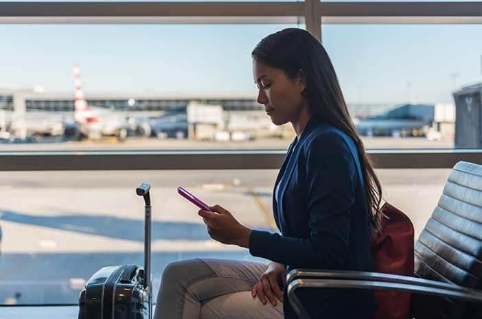 Biar Enggak Stres Saat Jadwal Penerbangan Delay, Lakukan Ini