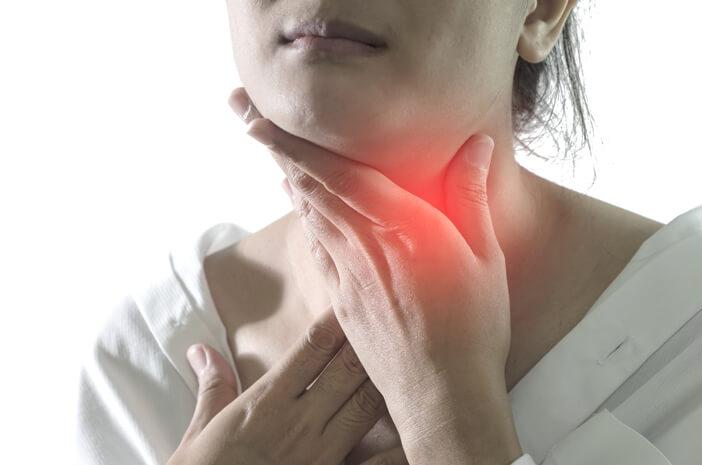 Biar Puasa Lancar, Ini 5 Cara Mengobati Sakit Tenggorokan