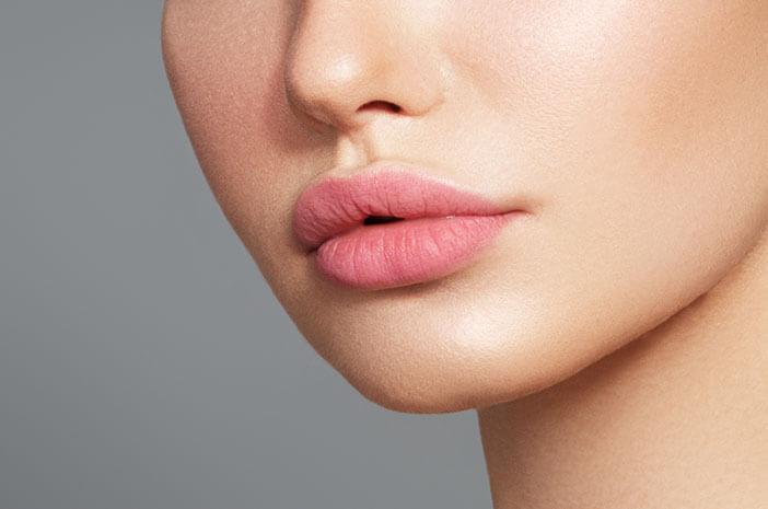Bibir Lebih Berisi dengan Filler, Perhatikan Hal Ini