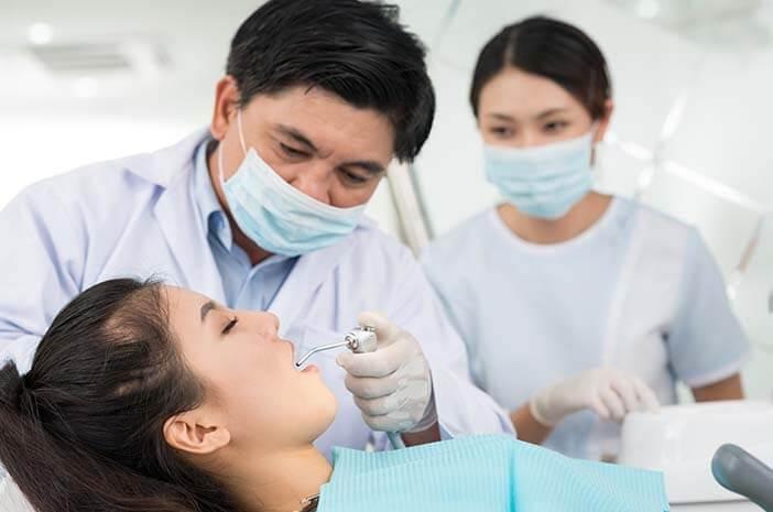 Cegah Sakit Gigi, Periksa ke Dokter Wajib 6 Bulan Sekali
