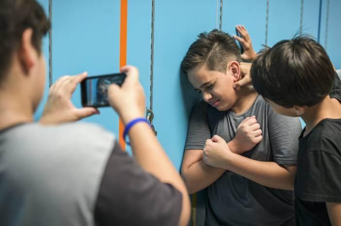 Cyberbullying Bisa Sebabkan Depresi Hingga Bunuh Diri