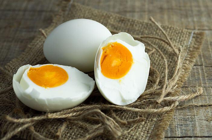dianggap-remeh-ini-5-manfaat-telur-asin-bagi-kesehatan-halodoc