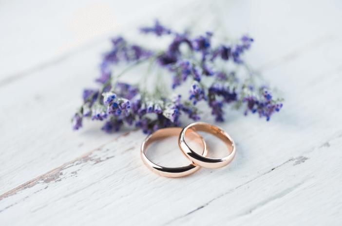 DPR Sahkan 19 Tahun Batas Minimal Usia Menikah, Berapa Idealnya?