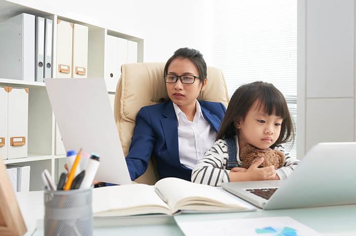 Enggak Hanya Anak, Emosi Single Parent Juga Bisa Terganggu