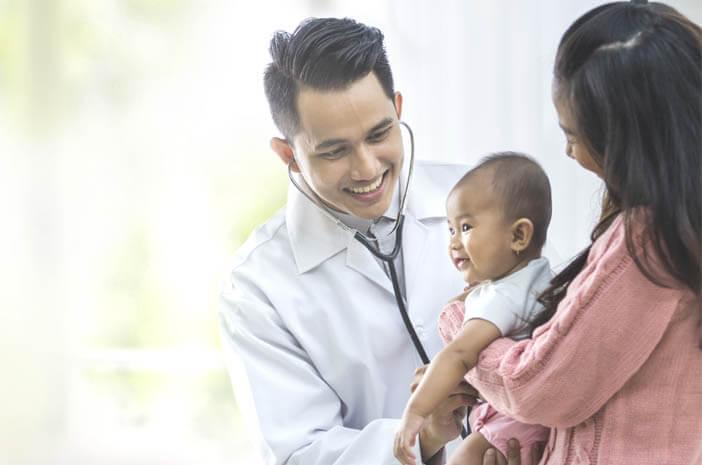 gejala-difteri-pada-anak-yang-perlu-ibu-waspadai-halodoc