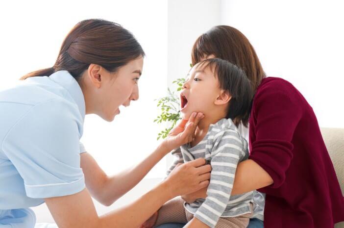 Gigi Anak Berlubang, Ini Penanganan yang Tepat