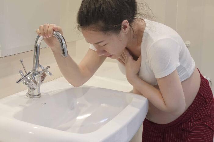 Harus Tahu, Ini 4 Mitos Tentang Morning Sickness