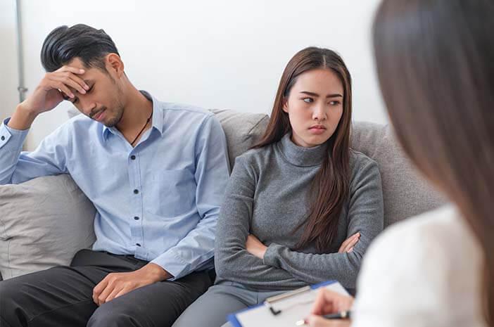 Hubungan Suami Istri Mulai Goyah, Perlukah Bantuan Psikolog?