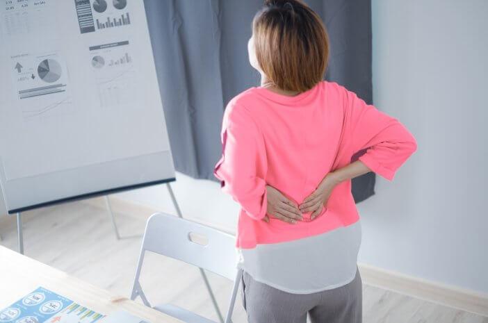 Ini Alasan Wanita Menopause Bisa Idap Patah Tulang Belakang
