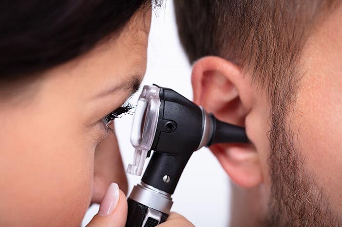 Ini 2 Tips Agar Pendengaran Enggak Terganggu