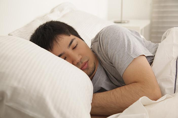 Ini 6 Alasan Tidur Tanpa Celana Dalam Menyehatkan