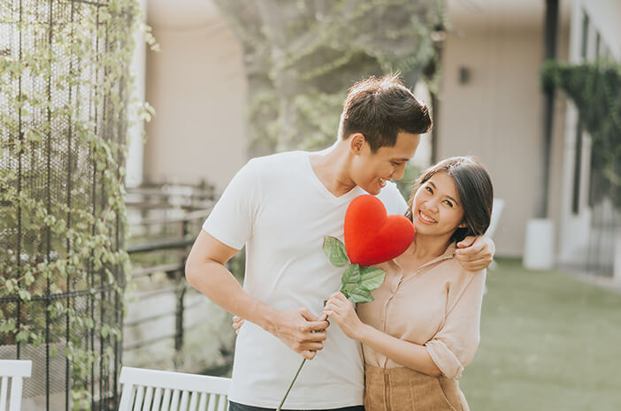 Ini Penjelasan Medis tentang Jatuh Cinta