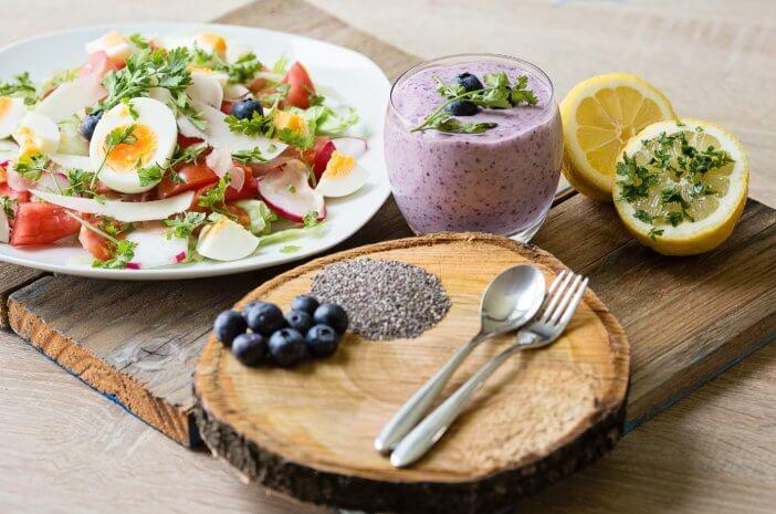 Inspirasi Menu Sahur Bagi yang Ingin Diet Saat Puasa