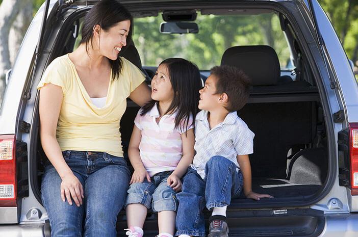 Kakak Suka Ngiri Sama Adik, Ibu Lakukan 3 Hal Ini