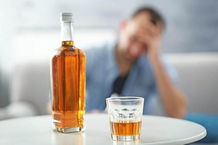 Kecanduan Alkohol Sebabkan Gangguan Elektrolit