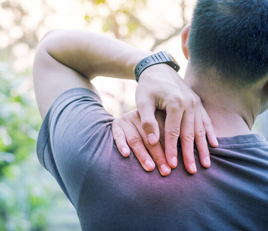operasi untuk atasi stenosis spinal
