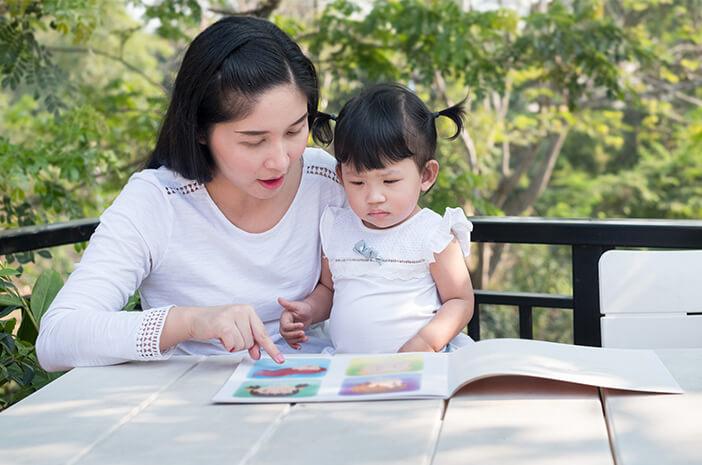Kenali 6 Tanda Si Kecil Memerlukan Terapi Wicara