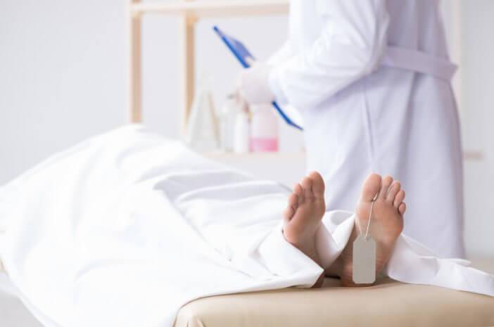 Kenali Tujuan Dilakukannya Autopsi Klinik