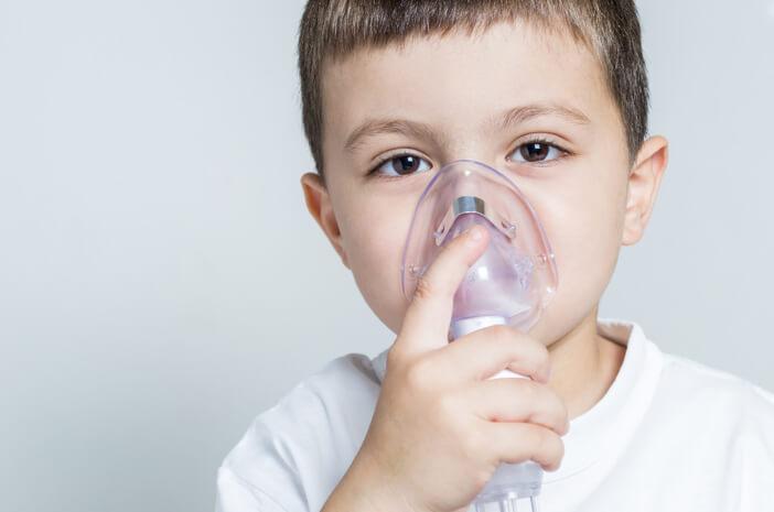 Ketahui Penanganan Infeksi Saluran Pernapasan Atas pada Anak