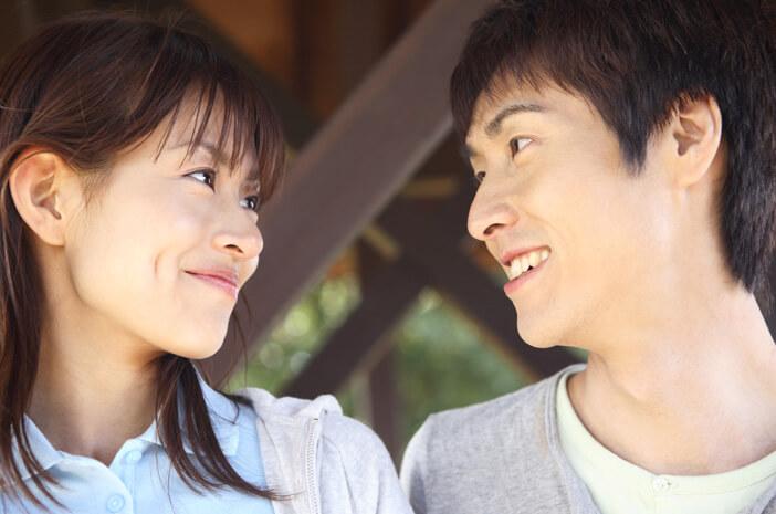 Ketahui Mononukleosis, Penyakit yang Dapat Ditularkan karena Berciuman