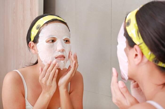 6 Masker Alami untuk Mencerahkan Wajah