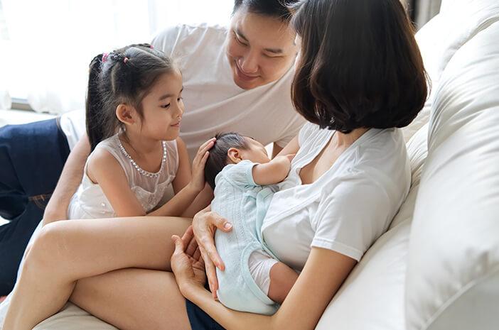 Memang Menggemaskan tapi Jangan Asal Sentuh dan Cium Bayi