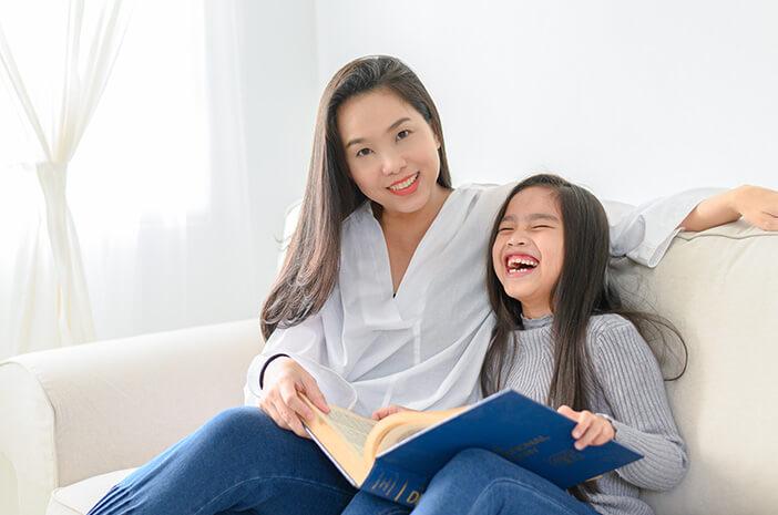 mendidik-anak-dwi-bahasa-orangtua-perhatikan-ini-halodoc