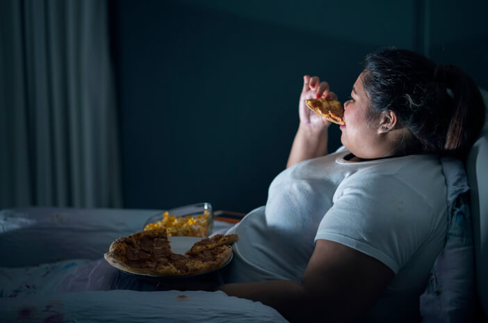 Mengidap Binge Eating Disorder, Perlukah Dampingan Psikoterapis?